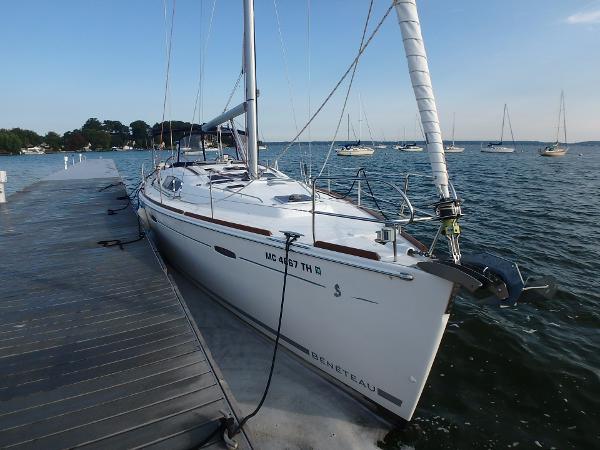Beneteau 46 At dock