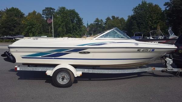 Sea Ray 180 Bowrider