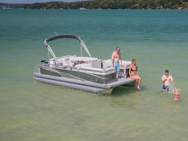 Avalon Venture Cruise Rear Bench 18'