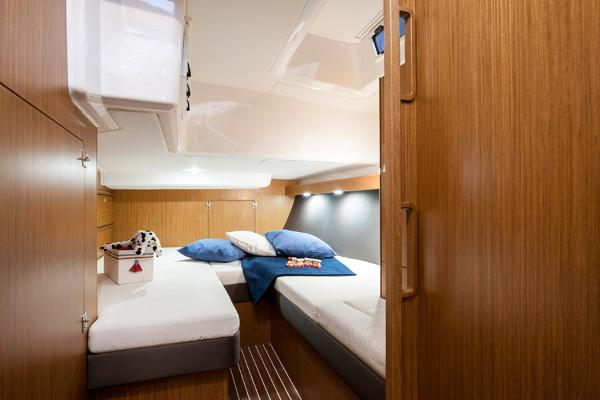 Bavaria Cruiser 56 Cabin