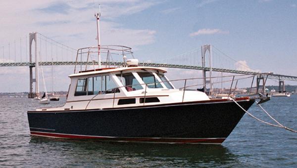 Lyman-Morse Custom Hunt Express/Sedan MOONRAKER