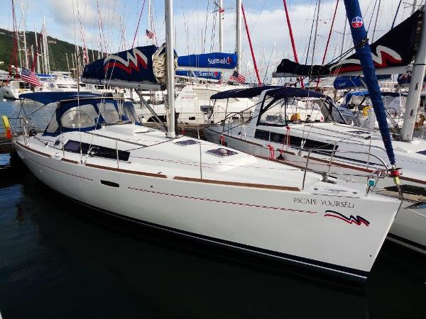 Beneteau Oceanis 37 Profile