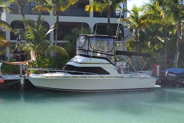 Bertram 28 Flybridge CRUISER Profile Photo