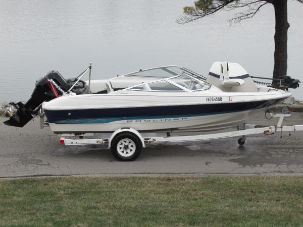 Bayliner 1704 Fish & Ski