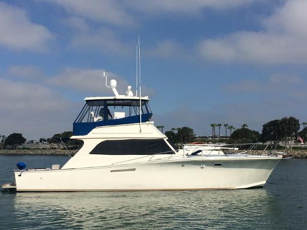 Egg Harbor 48 Flybridge Convertible