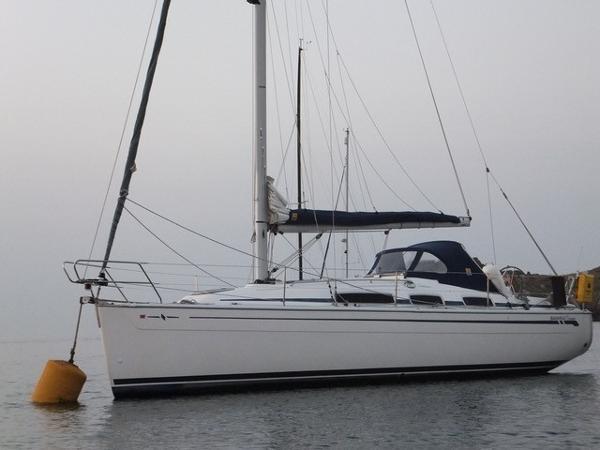 Bavaria Cruiser 31 Afloat