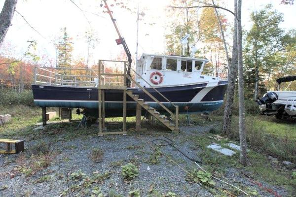42' x 12.6' x 4.5' Fiberglass Search/Survey/Dive Vessel c/w Hiab Crane/2500 lb capacity