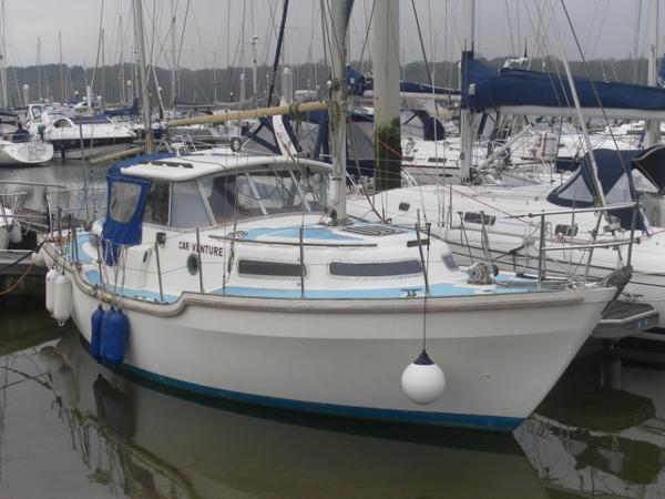 Hurley 9.5 Motor Sailor Hurley 9.5 Motor Sailor