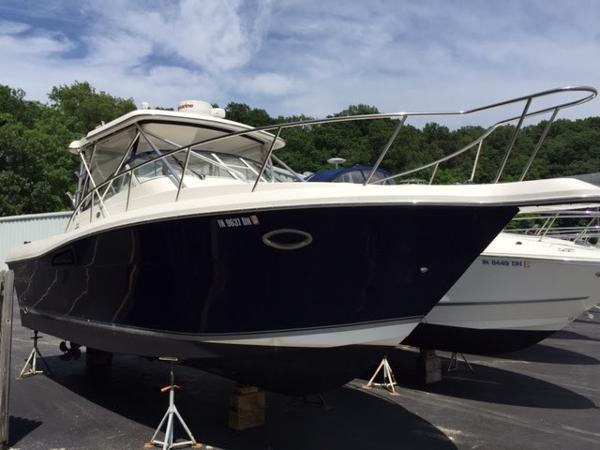 Sportcraft 3100 SF Fresh Water Boat Nice Shine