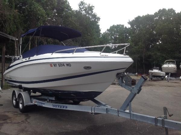 Regal 2250 Cuddy Starboard Side