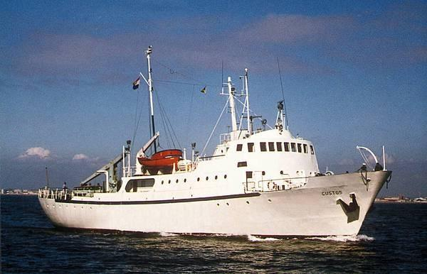 Classic Expedition Yacht Custos