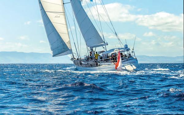 Derecktor Shipyards Classic Sailing Yacht Derecktor Shipyards Classic Sailing Yacht MIQUETTE