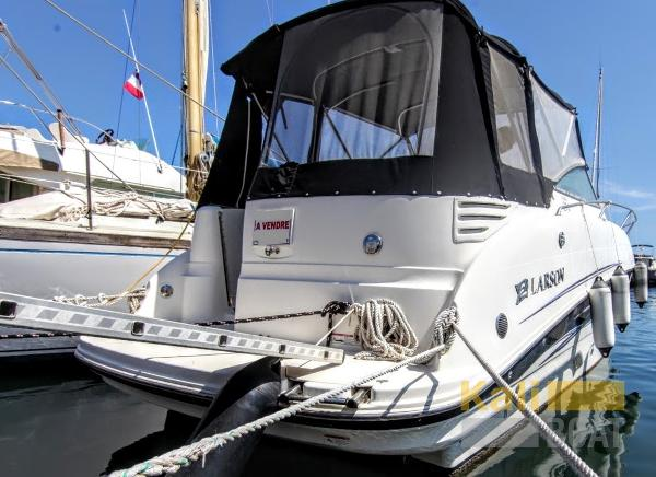 Larson Boats Cabrio 274 LARSON CABRIO 274IMG_7497