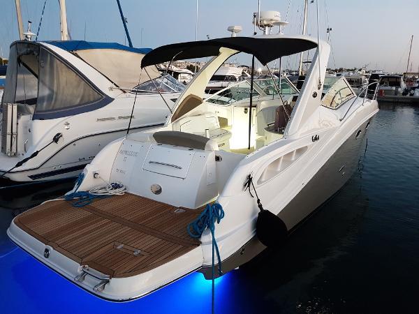 Sea Ray 325