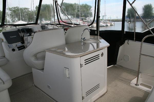 Flybridge with Enclosures