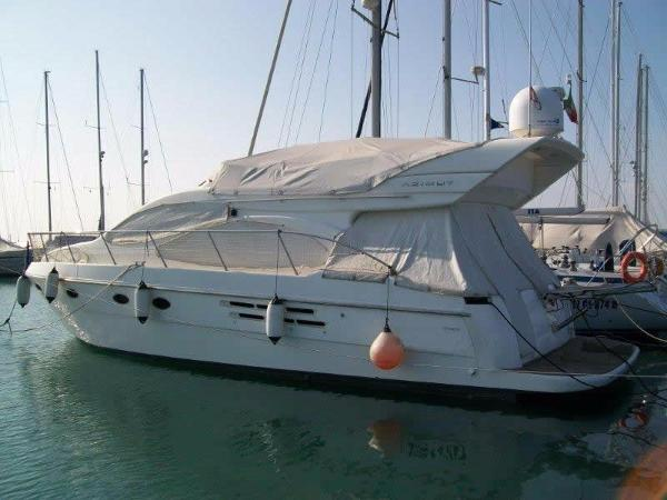 Azimut 46E Azimut 46 Evolution - YEAR 2006 - Timone Yachts