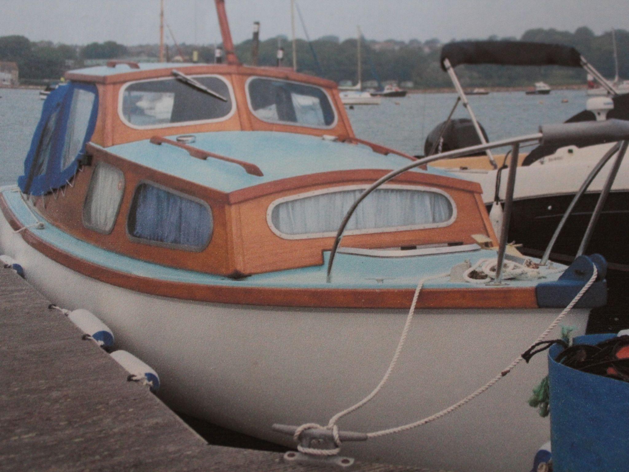 Parkstone Bay 21' Cruiser