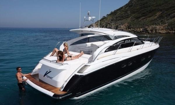 Princess V42 Princess V42 - Seven Yachts