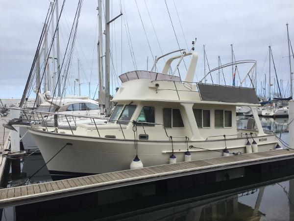 Custom Escapade 36