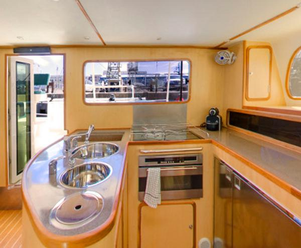 GreenCat 445 U shaped kitchen