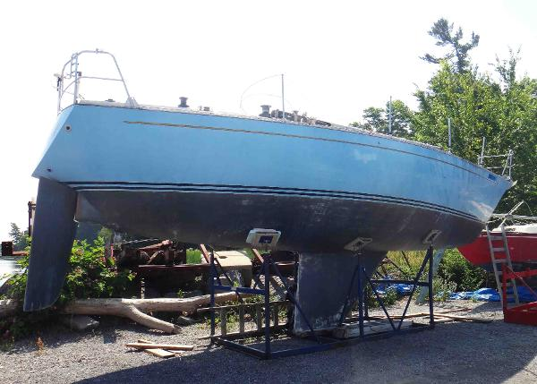 Contessa 35 Sloop
