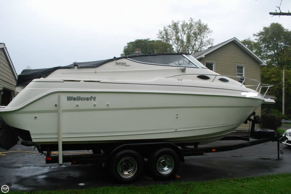 Wellcraft 2400 Martinique 1999 Wellcraft 2400 Martinique for sale in Phelps, NY