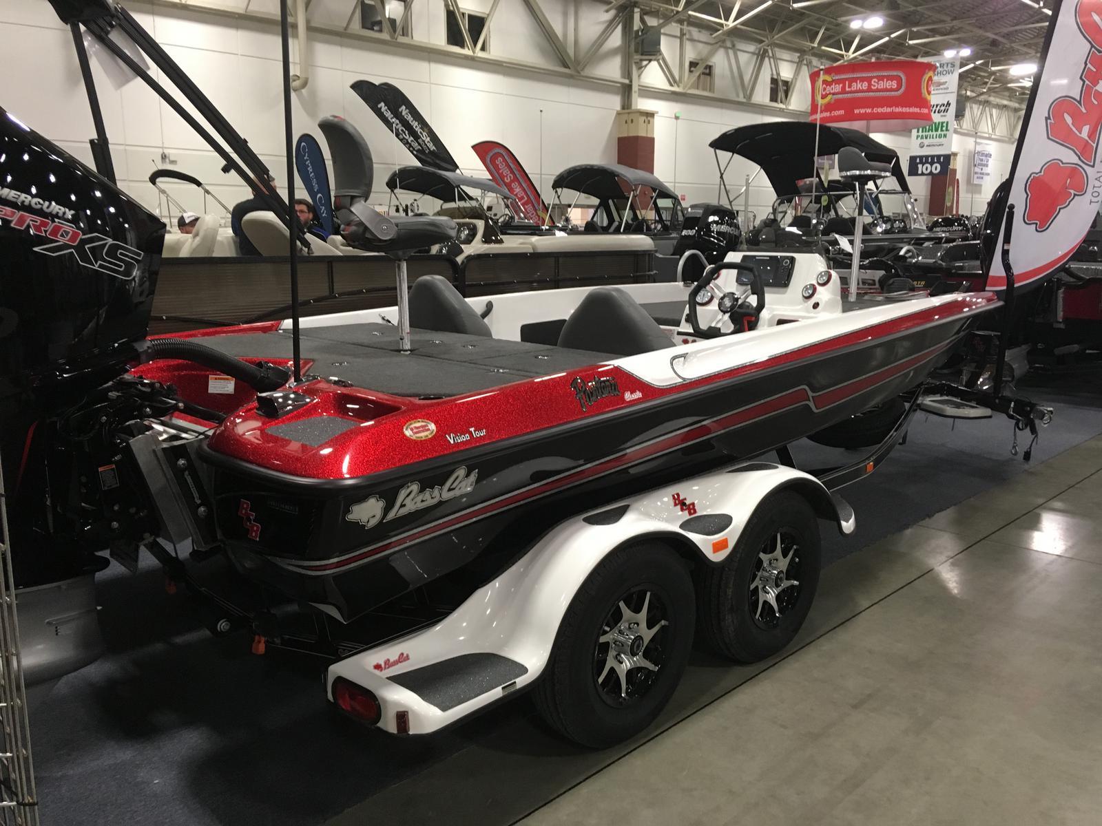 Bass Cat Boats PANTERA CLASSIC VISION