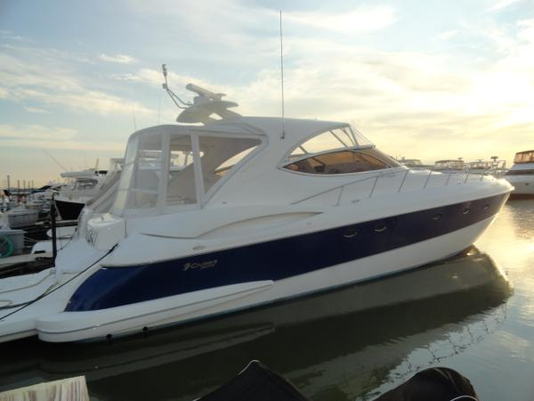Cruisers Yachts 5470 Express-FRESHWATER ONLY