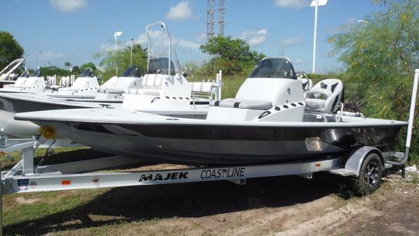 Majek Boats 20 Xtreme