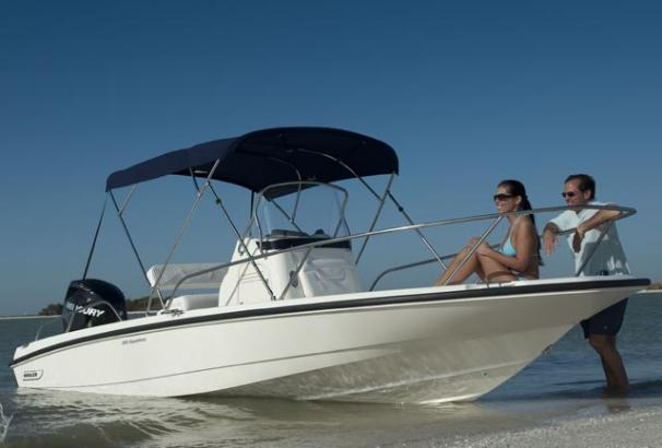 Boston Whaler 200 Dauntless Manufacturer Provided Image
