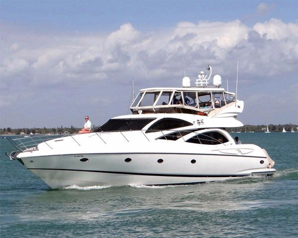 Sunseeker Manhattan 64 Profile