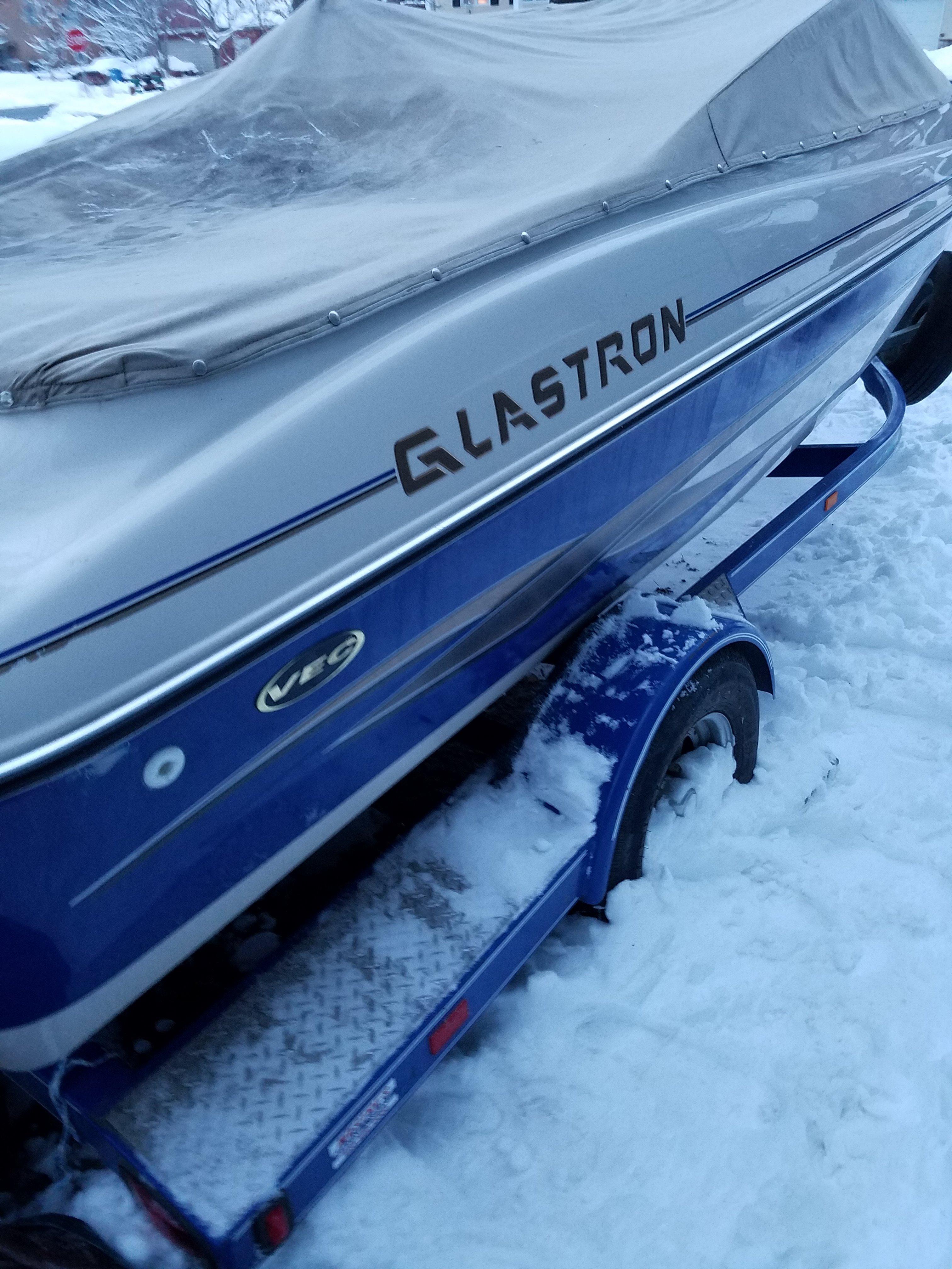 Glastron GX 185