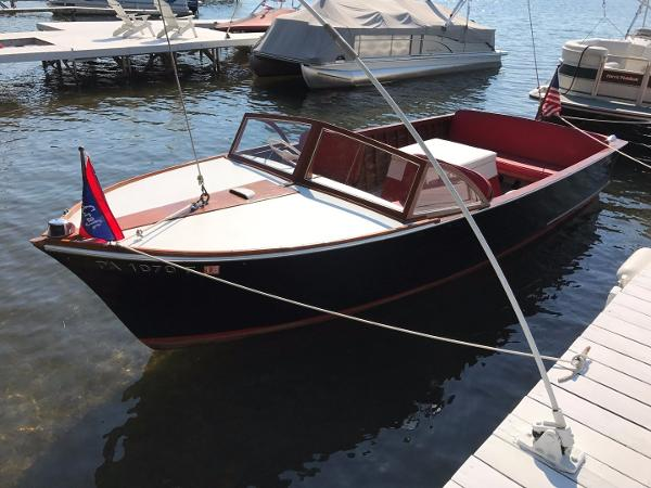Chris-Craft 20ft. Sea Skiff