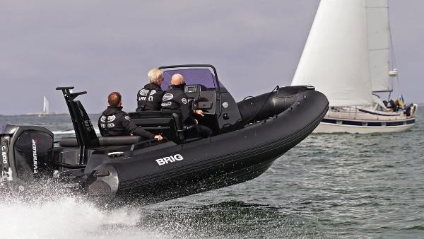 Brig Eagle 670