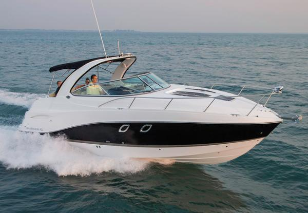Rinker 310 LE Express Cruiser Manufacturer Provided Image: Manufacturer Provided Image