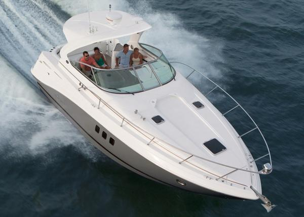 Rinker 360 Express Cruiser Manufacturer Provided Image