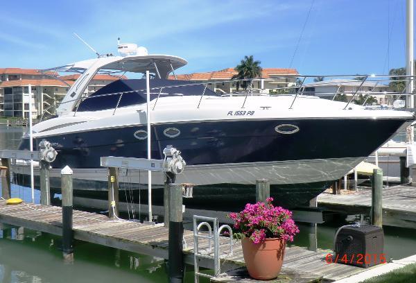 Monterey 400 Sport Yacht Profile