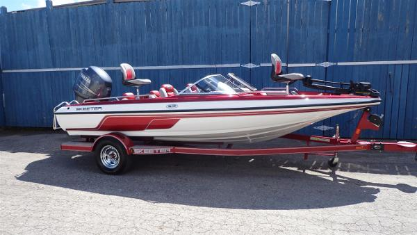 Skeeter SL 1900 Fish and Ski
