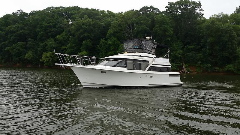 Tolly 39 SPORT Tollycraft 39 sport port profile 2.jpg
