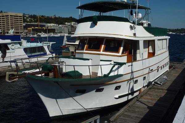 Marine Trader 50 Motor Yacht
