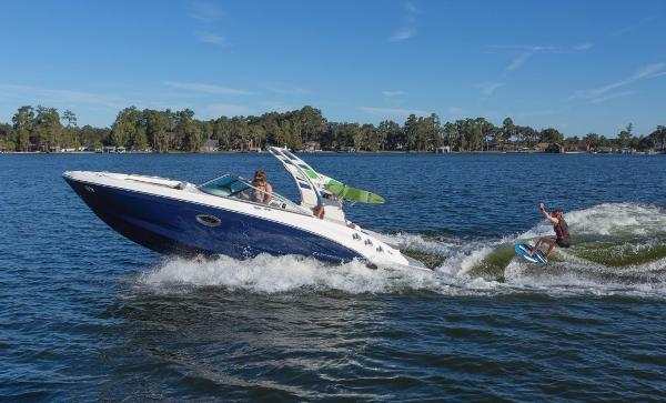 Chaparral 246 Surf Series