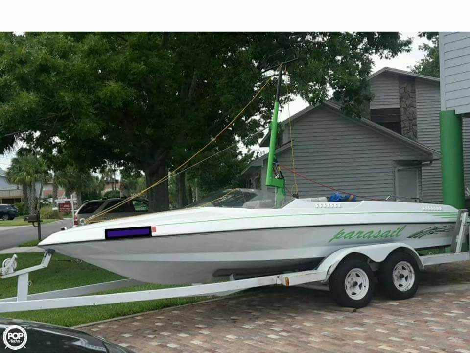 Century 21 CTS Parasail Boat 1984 Century 21 CTS Parasail Boat for sale in Prospect, KY