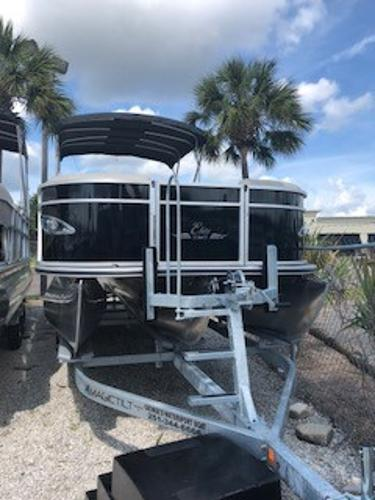 Bentley Pontoons 253 Elite