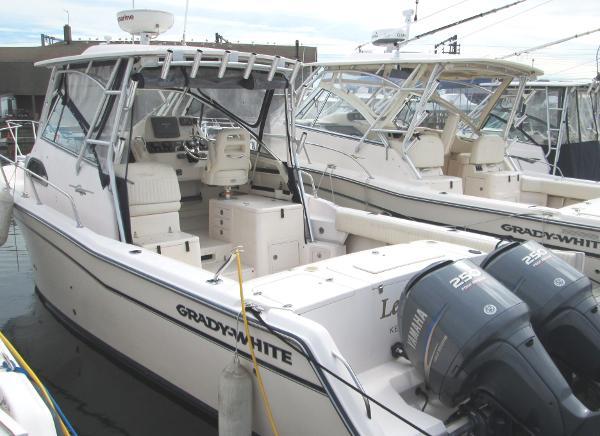 Grady-White 30 Marlin