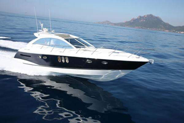 Absolute 47 HT Absolute 47 HT - YEAR 2009 - Blu Yachts