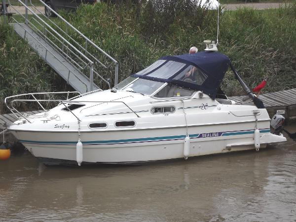 Sealine 218 Envoy (lowered)