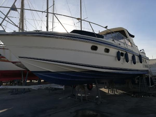 Fairline Targa 33 Fairline Targa 33