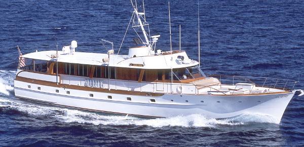 Trumpy Motoryacht 1961 Trumpy MY underway