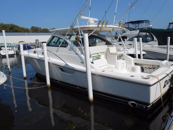 Pursuit 3800 Express/Sportfish