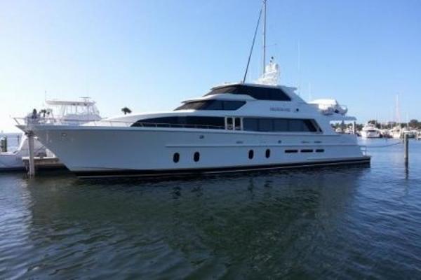 Ocean Alexander 100 Motor Yacht